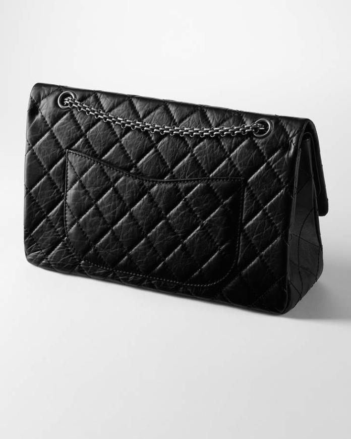 chanel-2-55-back-compartment