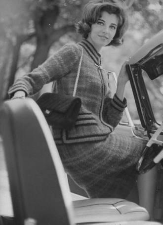 Lady sporting a Chanel 2.55 (1950s)