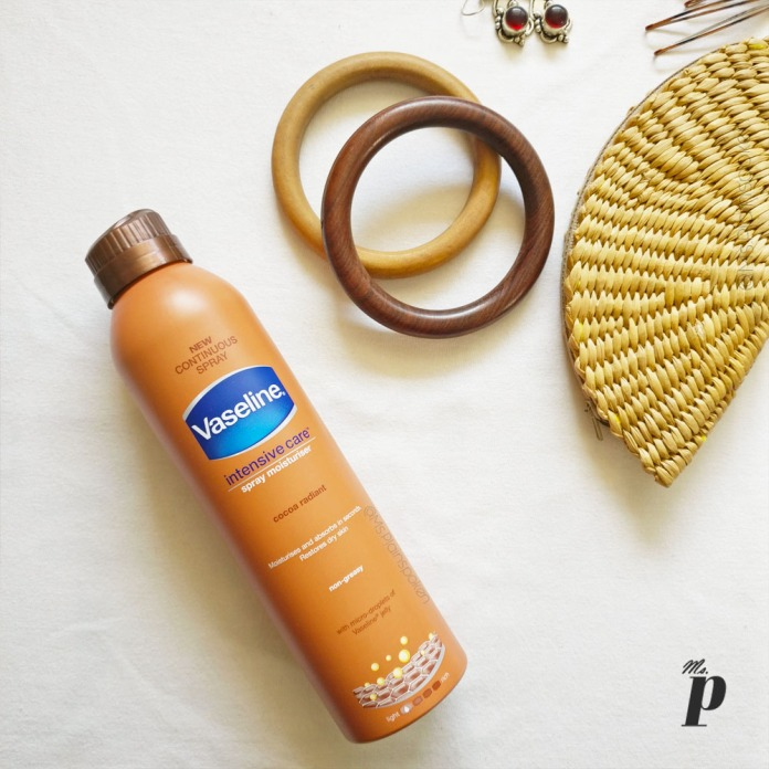 Vaseline-intensive-care-spray-moisturizer_review_cocoa-radiant_india_flatlay_topshot