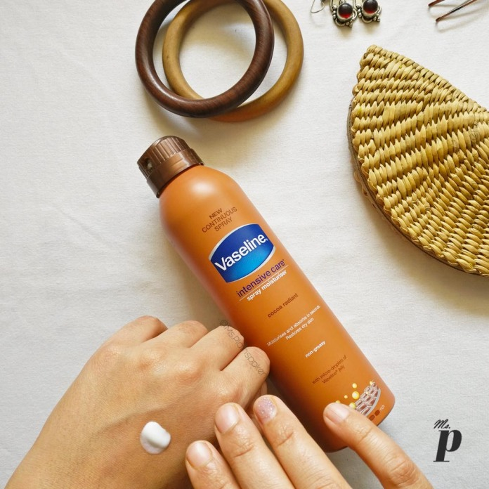 5.Vaseline Intensive Care Spray Moisturizer_ Review_ Cocoa Radiant_India _consistency