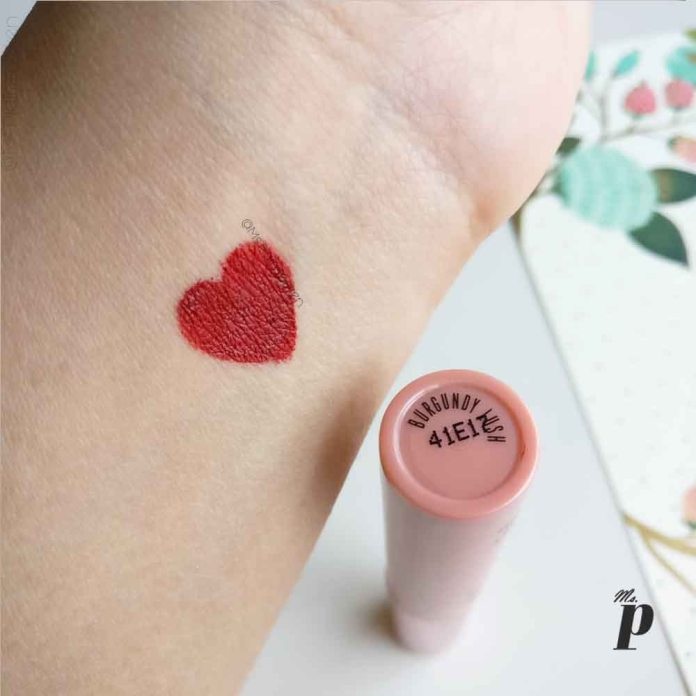 Lakme 9to5 weightless matte mousse lip and cheek colour burgundy lush swatch review 3