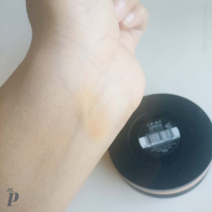 LA Girl- Pro Face HD Matte Pressed Powder in shade GPP608 Soft Honey | Swatches in Daylight