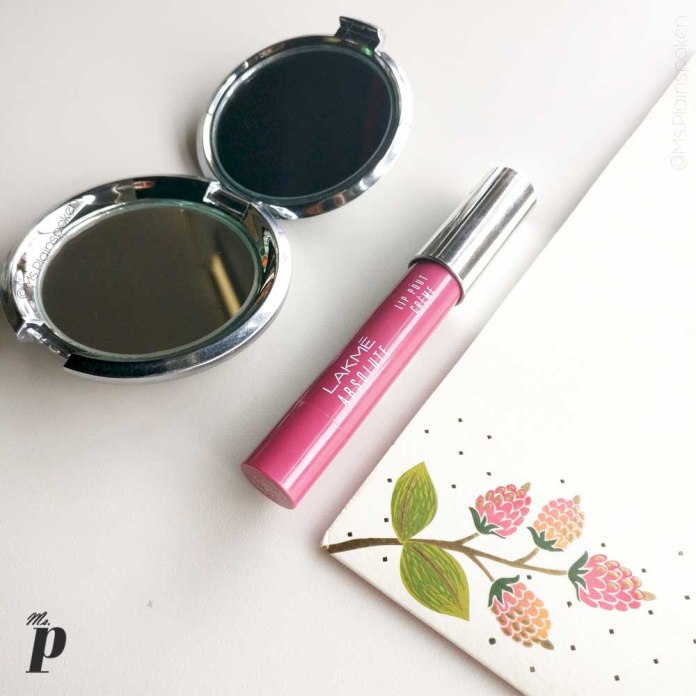 Lakmé Absolute Lip Pout – Crème in shade Mauve Hue Swatches and Review