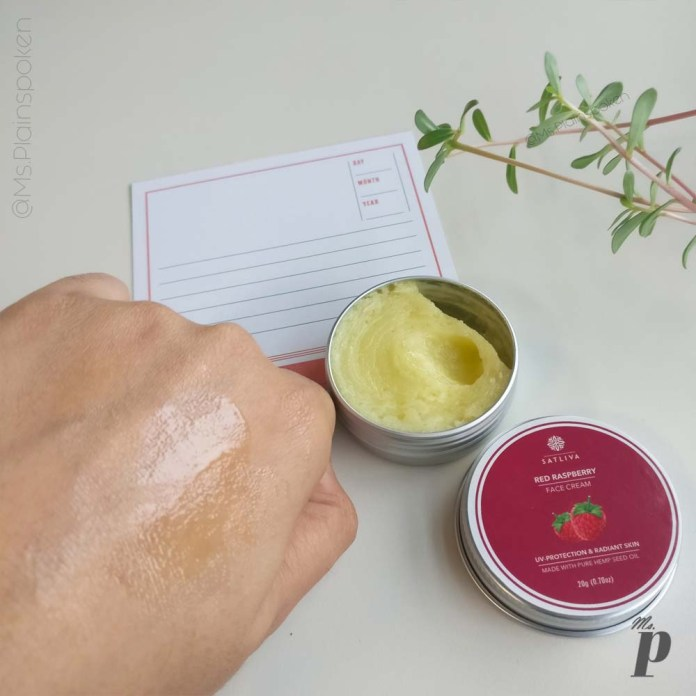 Satliva Red Raspberry Face Cream Review_ melts after coming in contact with body heat (5)