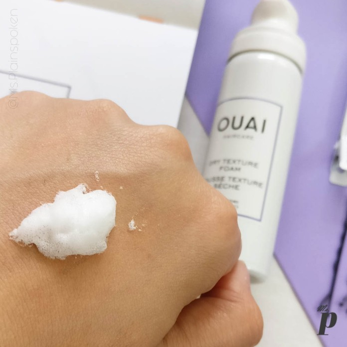 Ouai Haircare Dry Texture Foam Review_ Consistency and Colour of the Product