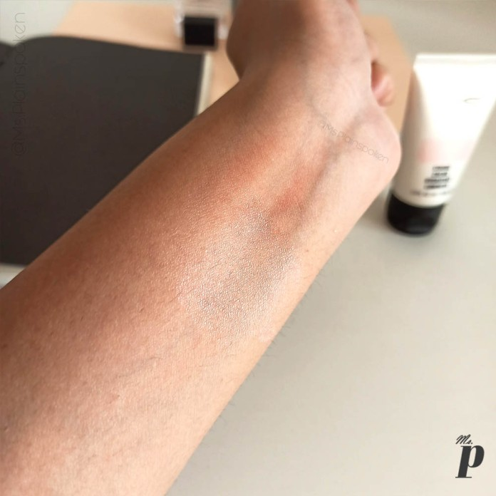 MAC Cosmetics Strobe Cream Review and Swatches on Indian Skin_after blending.
